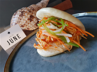 Foto Bao ajam robe (pulled chicken)